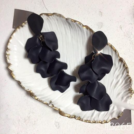 Серьги Лепестки, черные